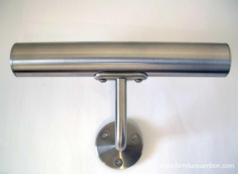04.Esempio di impiego del sostegno corrimano art.66044 (tubolare d.42.4).E